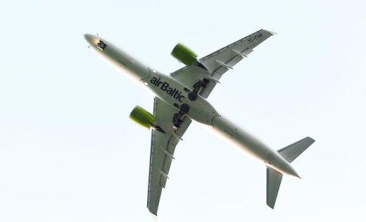 Литовского спикера с делегацией не взяли на борт airBaltic