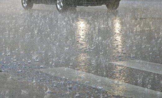 Vietām gaidāms stiprs lietus