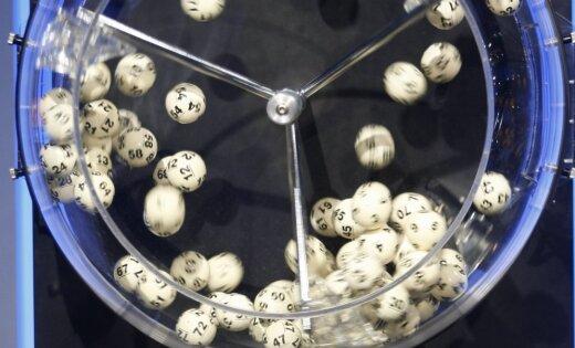 Anglijas otrās līgas kluba futbolists Īrijas Jaungada loterijā laimējis miljonu eiro