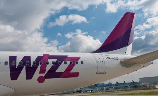 Atvaļinājums aiz borta – Krievijas pilsonis netiek ielaists 'Wizz Air' reisā no Rīgas uz Londonu