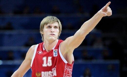 Krievijas basketbola izlase pirms Londonas olimpiādes basketbola turnīra pārspēj Lietuvu