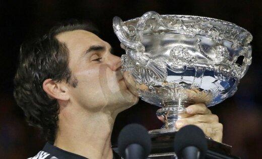 """Рекордсмен Федерер стал пятикратным чемпионом AusOpen и выиграл 18-й """"Шлем"""""""