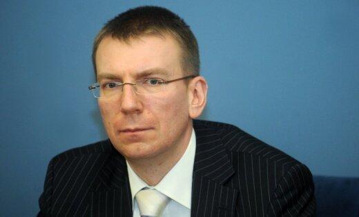 """Ринкевич принял решение запретить """"сторонникам Кремля"""" въезд в Латвию (дополнено)"""