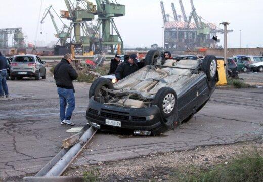 В Италии торнадо разрушил крупнейший сталеплавильный завод Европы