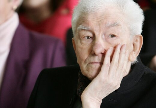Скончался поэт Имант Зиедонис (дополнено в 8.50)
