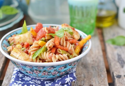 Звездный рецепт: фузилли с томатами от Сары Джессики Паркер