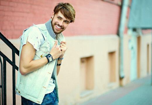 Любимым мужчинам: как стильно одеться во время летних распродаж