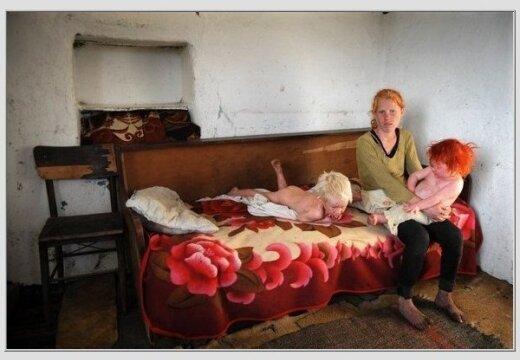 Власти: болгарские цыгане — родители белокурой девочки - DELFI: http://rus.delfi.lv/news/daily/abroad/vlasti-bolgarskie-cygane-roditeli-belokuroj-devochki.d?id=43759710