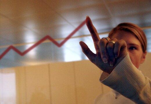 Свыше половины латвийцев зарабатывают не больше 450 евро