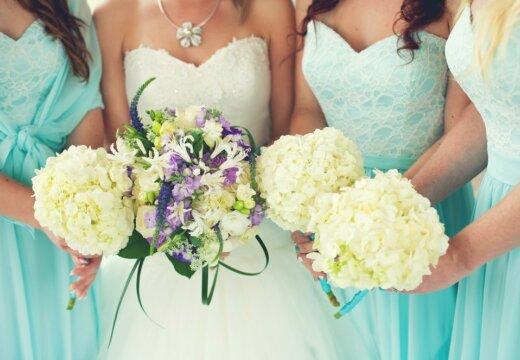 Гостья на свадьбе: какой наряд лучше выбрать для торжества?
