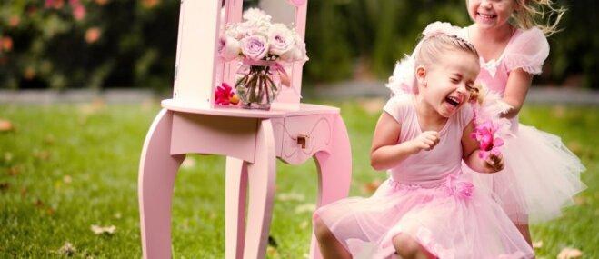Princešu kleitas meitenēm – gaumīgi vai briesmīgi?