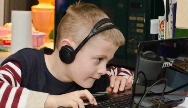 Pērkam datoru skolēnam: kam tajā jābūt un no kā var atteikties