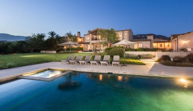 Foto: Lady Gaga 24 miljonus vērtā māja Klusā okeāna krastā