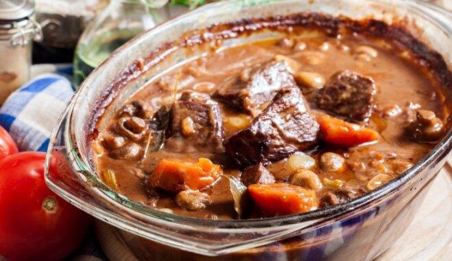 Liellopa sautējums: 13 receptes un padomi sulīgiem, mutē kūstošiem gaļas gabaliņiem
