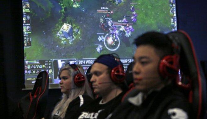 """Российских любителей League of Legends лишили голосового чата из-за """"закона Яровой"""""""