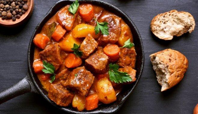 Nevainojams gulašs: gatavošanas knifi īpaši sulīgiem un mīkstiem gaļas gabaliņiem