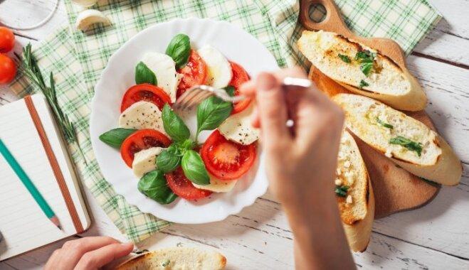 Ja visēdājs kļūst par veģetārieti: produkti, kas jāiekļauj ēdienkartē