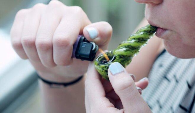 Marihuānas smēķēšanas nekaitīgums – maldīgs uzskats
