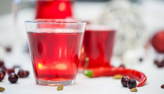 Pieci dzērieni, kas palīdzēs atgūties pēc pārlieku jestras līgošanas