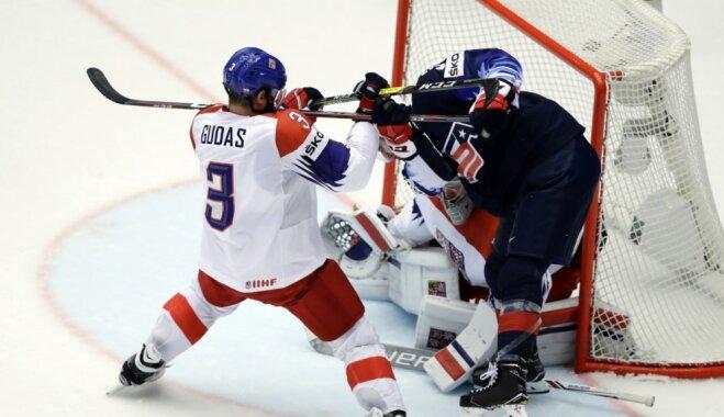 ASV hokejisti atkal izslēgšanas spēlēs apbēdina Čehiju