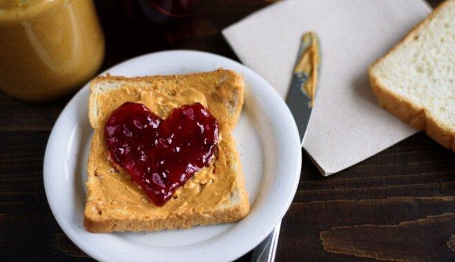 12 sirsnīgas idejas, kā garšīgi iepriecināt sirdsāķīti Valentīna dienā