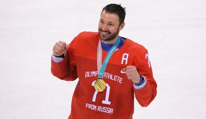Kovaļčuks un vēl vairākas krievu hokeja zvaigznes nepiedalīsies šāgada pasaules čempionātā