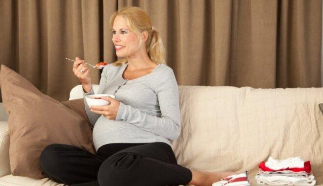 Dabiski līdzekļi, kas palīdzēs cīnīties ar rīta nelabumu grūtniecības laikā