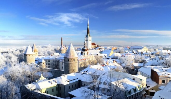 ВИДЕО: Как туристов по советскому Таллину водили