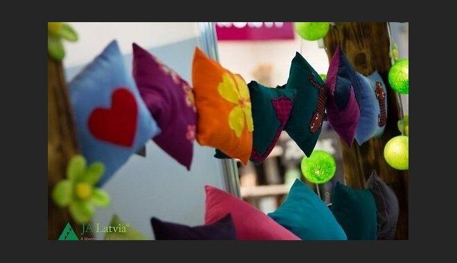 Skolēnu uzņēmumi tirgosies ar saviem darinājumiem 'Citā bazārā'