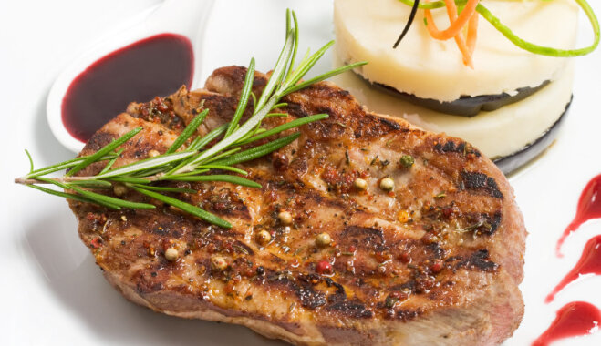 Cūkgaļas karbonādes steiks