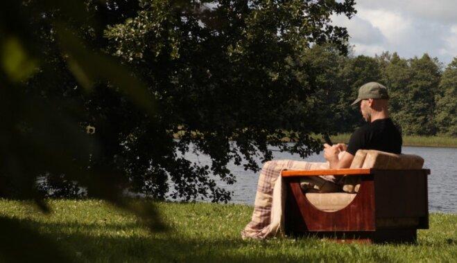 Latgales ainiņas: aizsaules balsis Raudives mājās un piedzīvojumi ar upes šķērsošanu