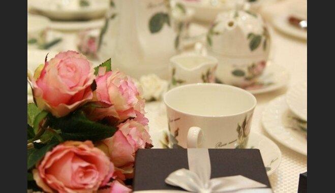 Romantiska sapņotāja vai skaistuma dīva – nenošauj greizi ar dāvanas izvēli mammmai