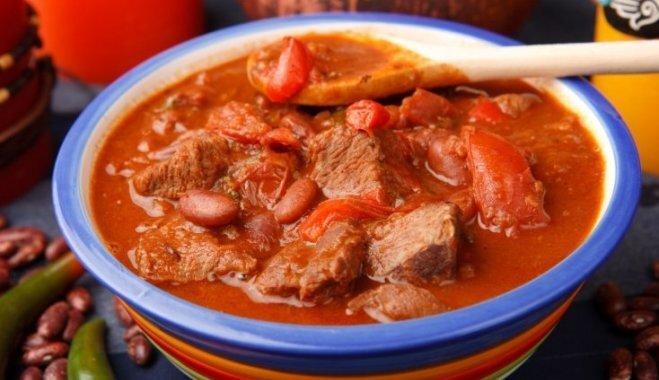 Konservēti tomāti: ātras un gardas receptes 30 minūšu darbdienu vakariņām