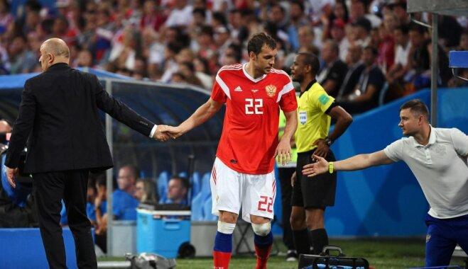 Немецкие СМИ: зачем футболисты сборной России нюхали нашатырный спирт?