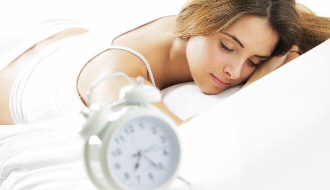 Leonardo da Vinči metode: kā izgulēties divās stundās. Vērtē miega speciālists