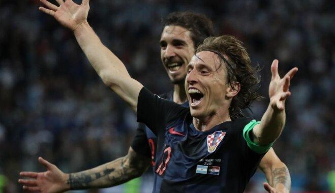 Horvātijas futbolisti ar skaistu uzvaru pār Argentīnu iesoļo PK astotdaļfinālā