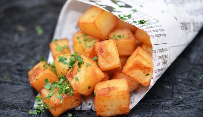 Готовим жареную картошку по-испански: хрустящие пататас бравас (+соус)