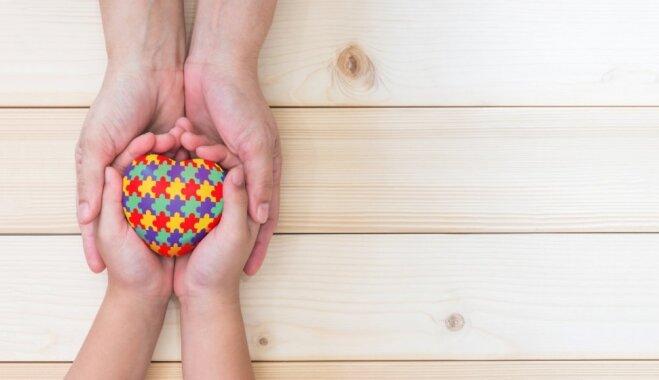 Laužam stereotipus: īpašā bērna mamma dalās pieredzē, ko stāstīt par citādajiem