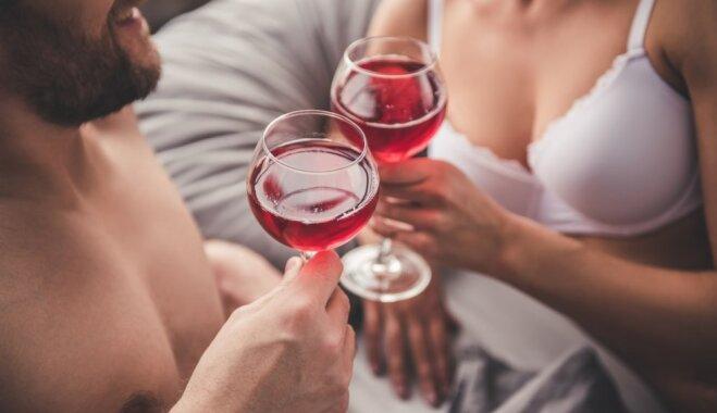 Kad mīla un grādīgie dzērieni sagroza prātu: amizanti un neveikli pieredzes stāsti