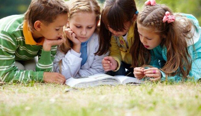 Bērnus un vecākus mudina iesaistīties 'Lasīšanas stafetē 2018'