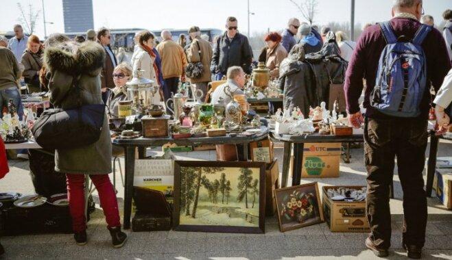 Foto: Spīķeros aizvadīts kārtējais krāmu tirdziņš