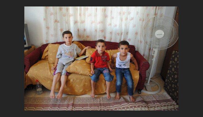 Trīs zēnu bērnība uz jumta jeb Sīriešu bēgļu stāsts no Jordānijas