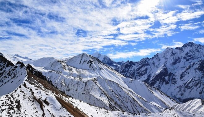 Ceļotāji no Latvijas dosies pasaules grūtākajā pārgājienā Himalajos