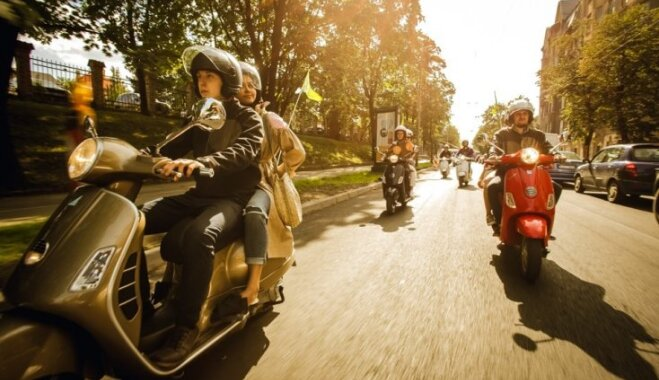 Ar motorolleru Rīgā: 9 vietas, ko iepazīt modernajā centrā