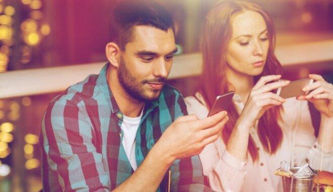 Что такое фаббинг? Как это влияет на любовь между вами и вашим мужчиной?