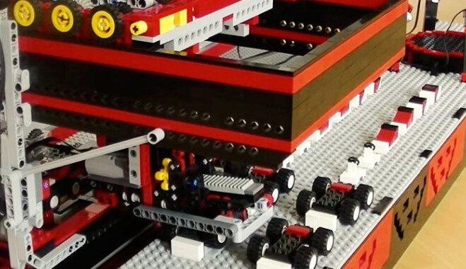 """ВИДЕО: 10 """"Вау!""""-проектов Lego Mindstorms, которые разбудят в вас маленького программиста"""