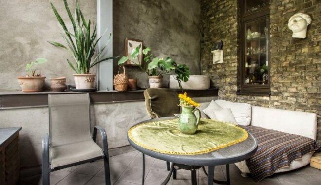 Elegances paraugs klusajā centrā: burvīgs dzīvoklis ar pasakainu terasi
