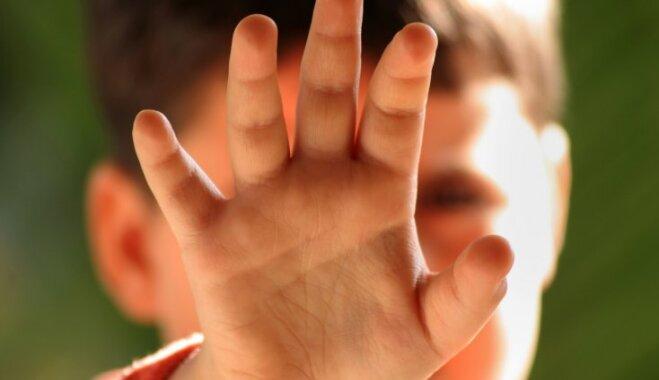 Эксперт: Торговля детьми и их использование является реальной и тяжелой проблемой и в Латвии