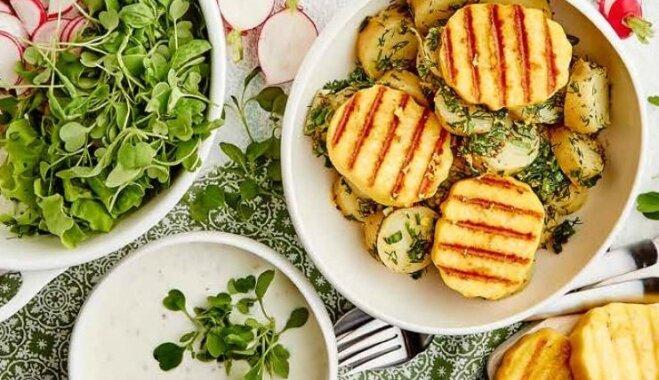Картофельный салат с зеленью и сыром-гриль