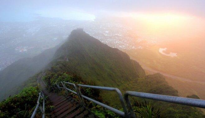 Foto: Pasaules bīstamākās kāpnes